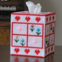 Hearts and Flowers Tissue Box Cover